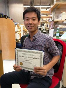 Xiangyu wins the best TA award at the grad students retreat!
